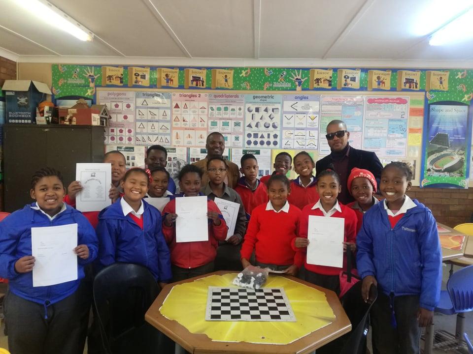 Šachy – mění životy…Rathusa Kids – pozdrav zAfriky